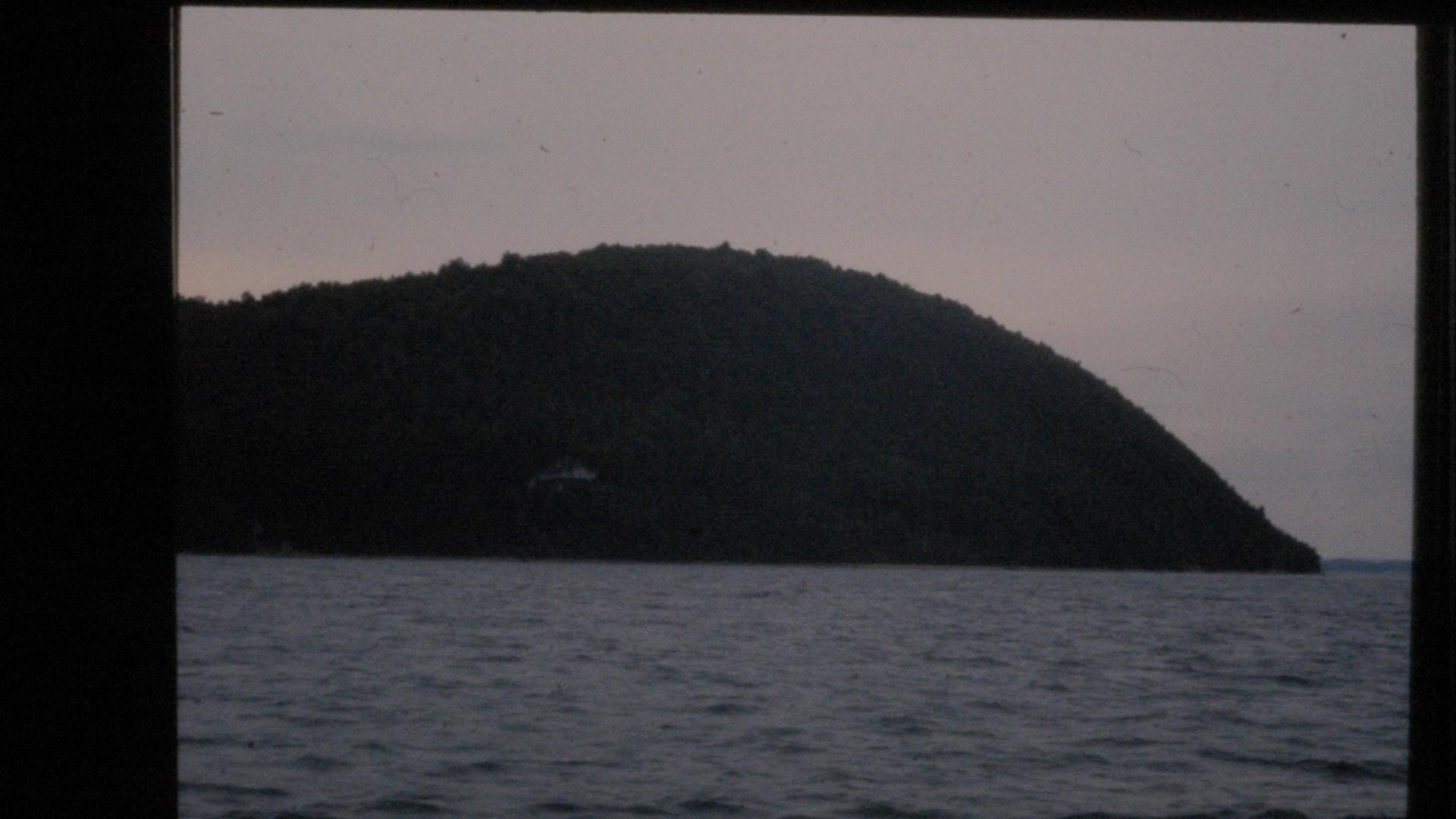 Island-Light-Rosinski-1